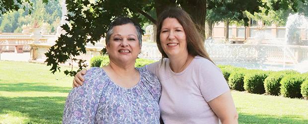 From left, Adriana Segovia, editor of La Palabra Diaria, and Teresa Burton, editor of Daily Word. (Courtesy Gabriela Moreno)