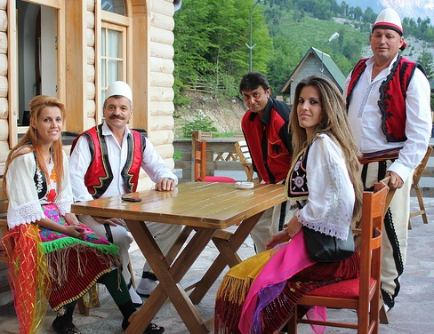 Albanian dancers and musicians