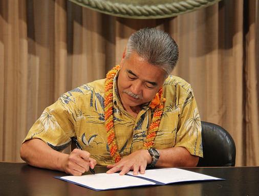 Gov. David Ige Signs Bill