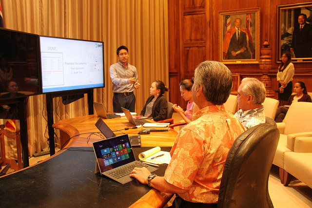 Micah Hwang demonstrates eSign Services process