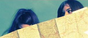 noies amb mapa