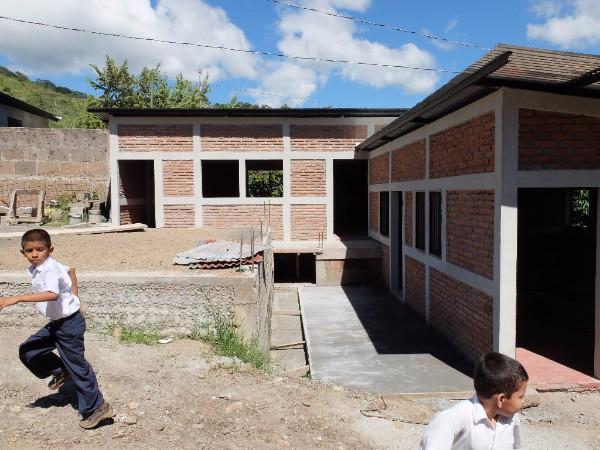 15 de Septiembre school construction in 2016