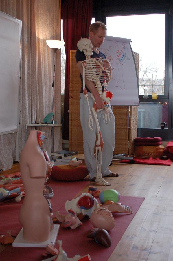 """Johannes Schmidt - Unterricht in """"lebendiger Anatomie"""""""