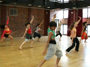Storytelling Dance workshop for families