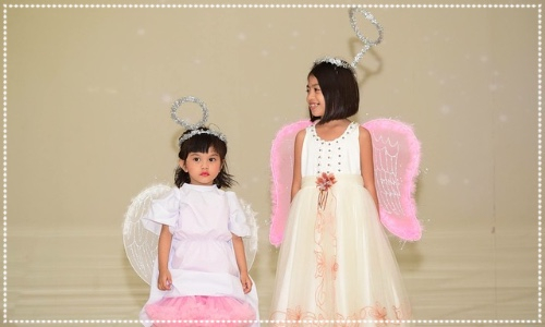 Children dressed as angels. Halloween costume suggestions