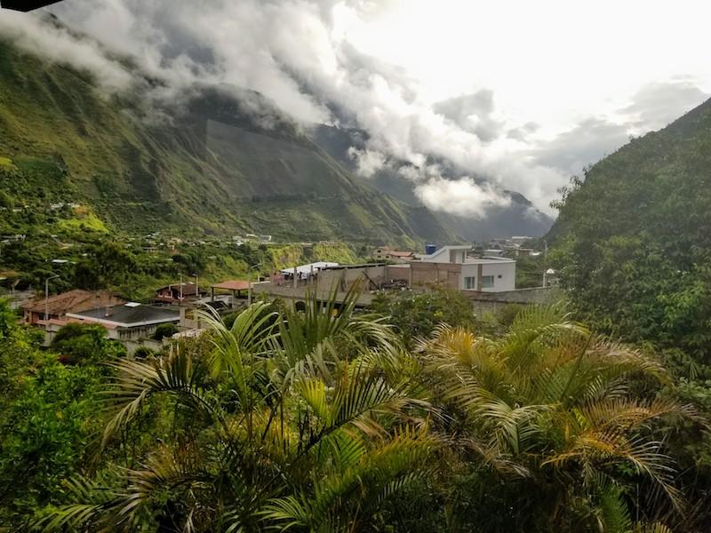 MotoQuest Equador Adventure