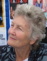 Peggy Seeger photograph