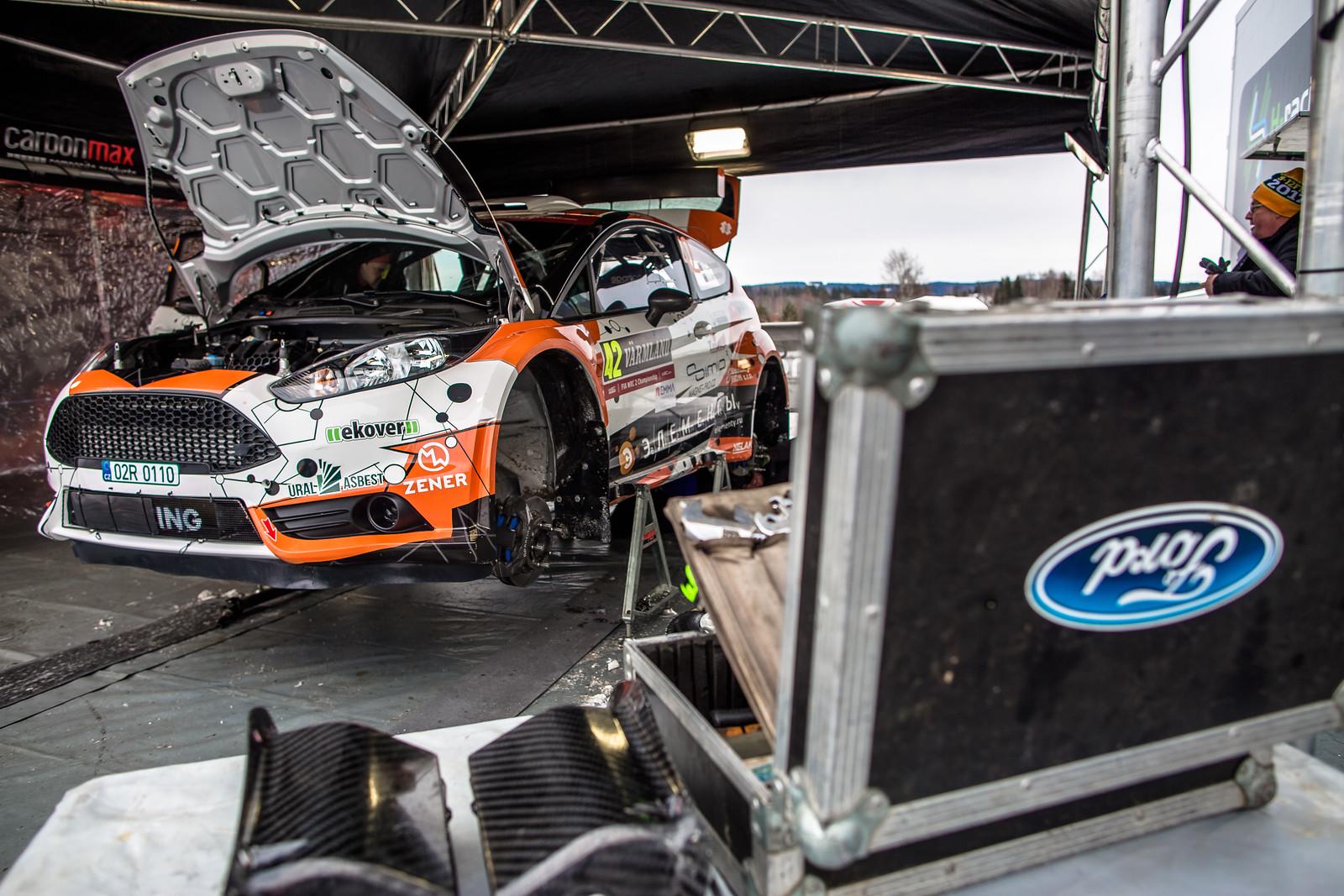 photo: h-Racing