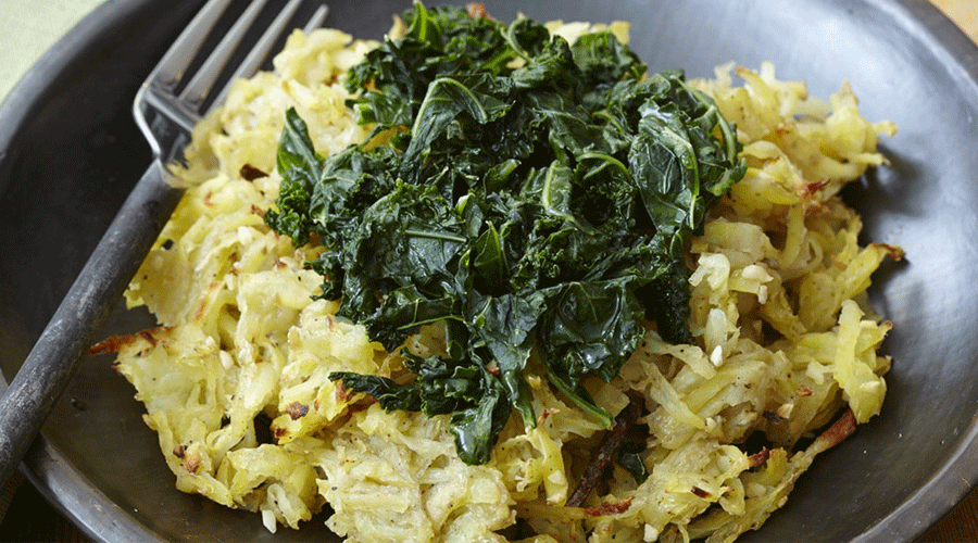 Garlic Hash Browns with Kale