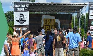 photo of people enjoying the Bram Brew Fest