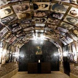 nieuwe gedenkplek in Kazerne Dossin