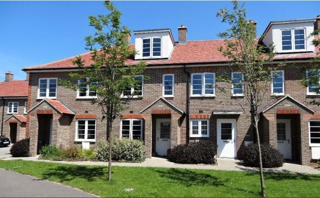 Pecketts Gate, Chichester, 3 bed house