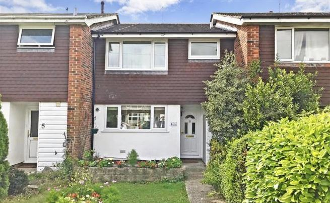 3 bed house, Garland Close, Chichester