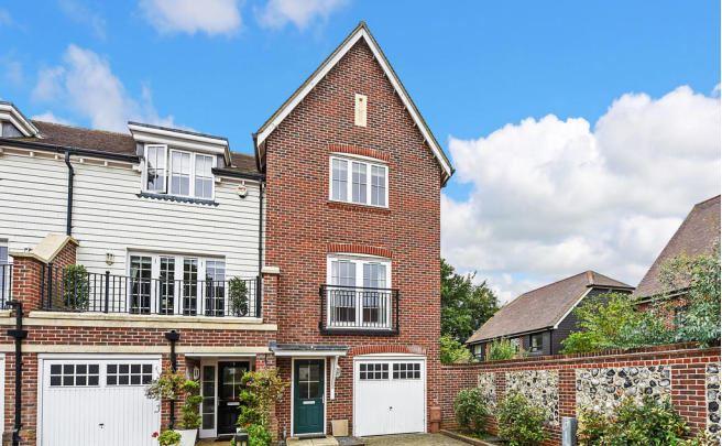3 bed house, Stane Street, Westhampnett