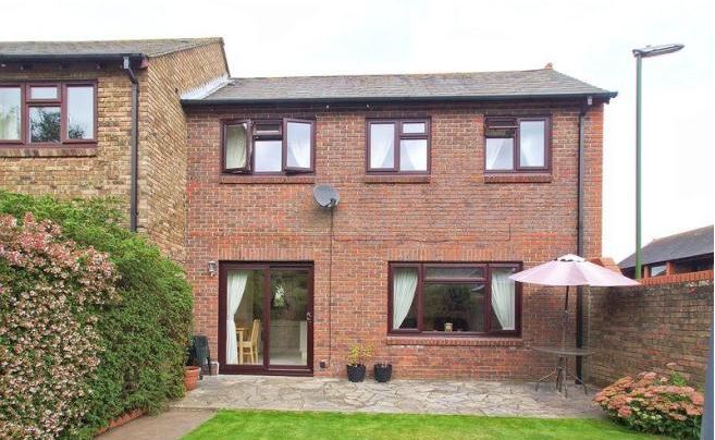 Martlet Close Chichester 3 bed house