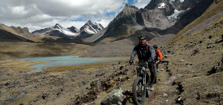 À travers le Pérou