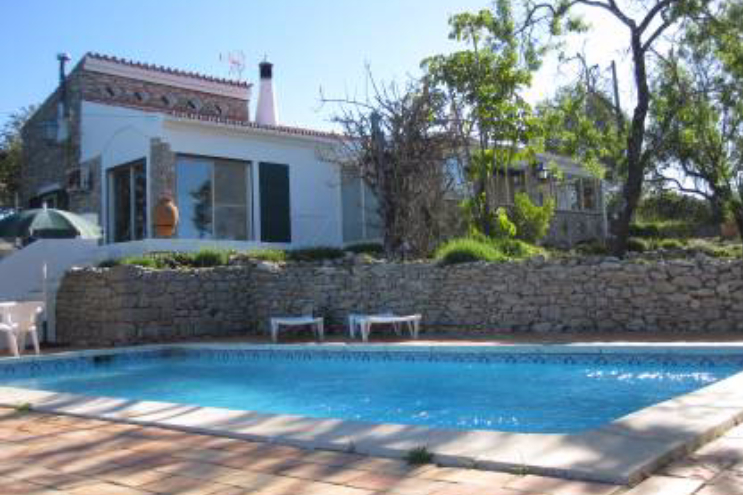 3-bed house for sale in Loule