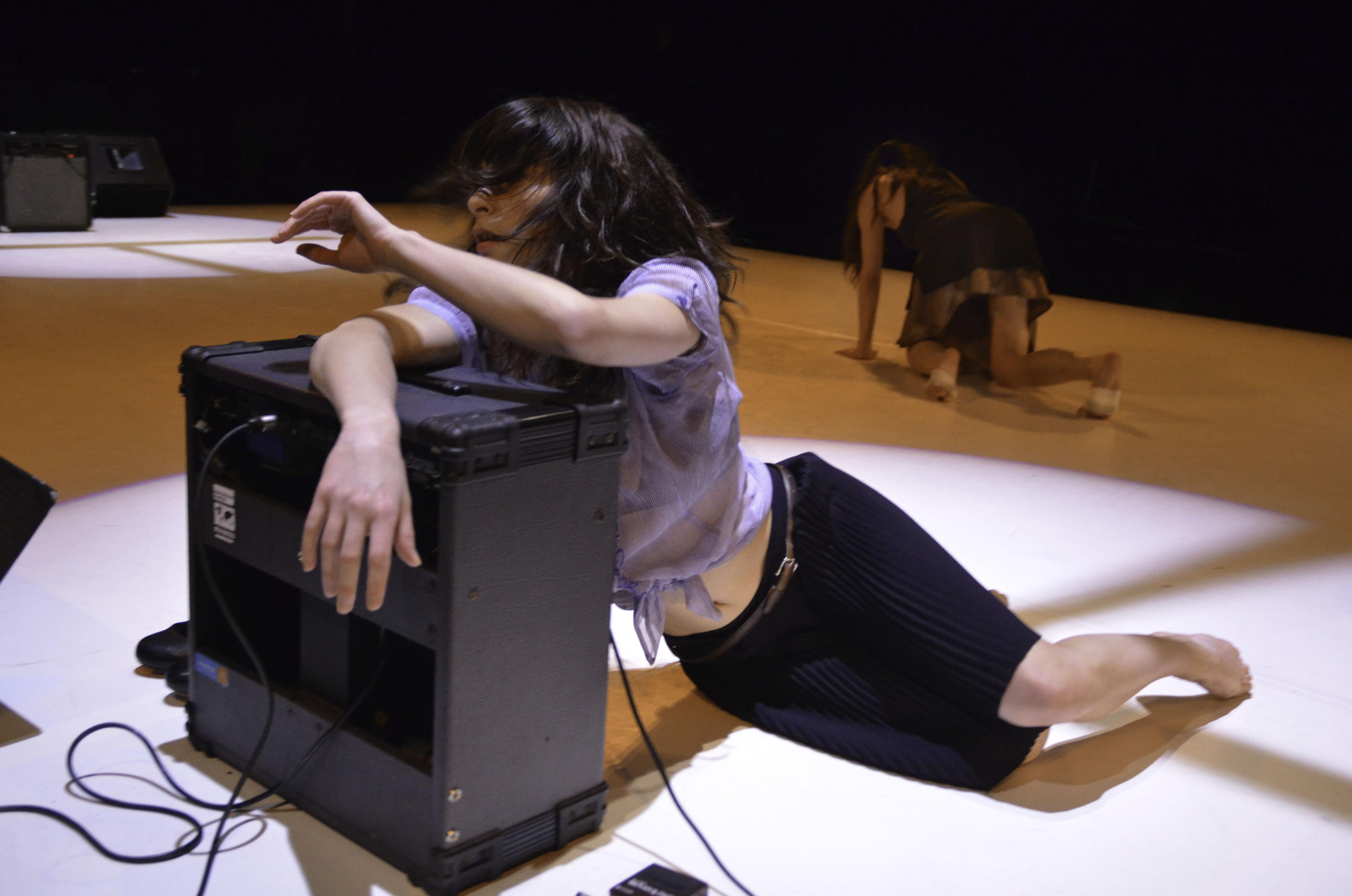 Duos pour corps et instruments, une [re]création, 2014 @LeCarrédesLombes