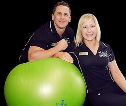 Gez and Noni - PlayFitness