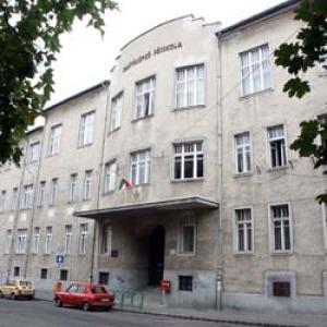 Bárczi Gusztáv főiskola épületének homlokzata