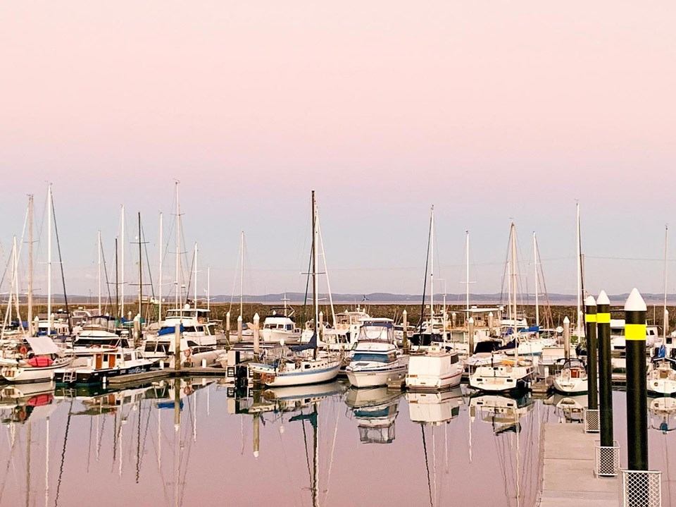 Winter Afternoon glass out - Hervey Bay Marina