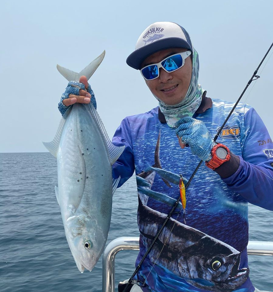 Bludger trevally caught jigging under the bait balls