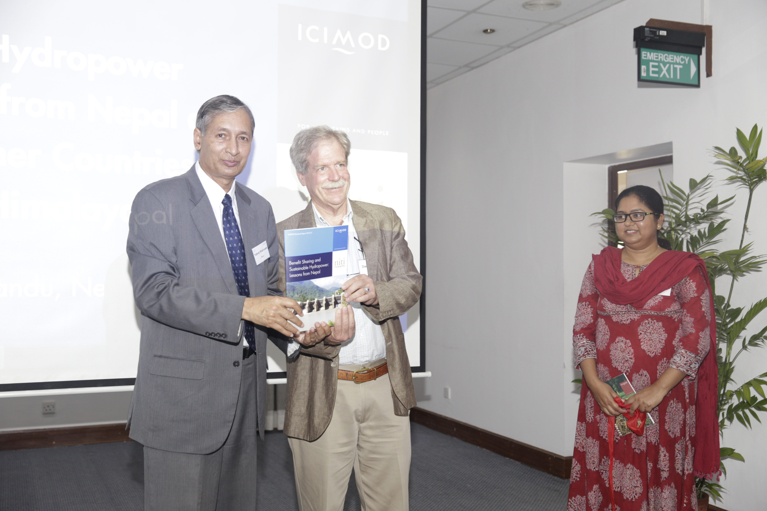 ubraj Khatiwada, Vice Chairperson of the National Planning Commission, and Director General of ICIMOD, David Molden, launched a report on Benefit Sharing and Sustainable Hydropower: Lessons from Nepal. Aditi Mukherji, Theme Leader for Water and Air, ICIMOD standing on the right. (Photo:Jitendra Bajracharya/ICIMOD)