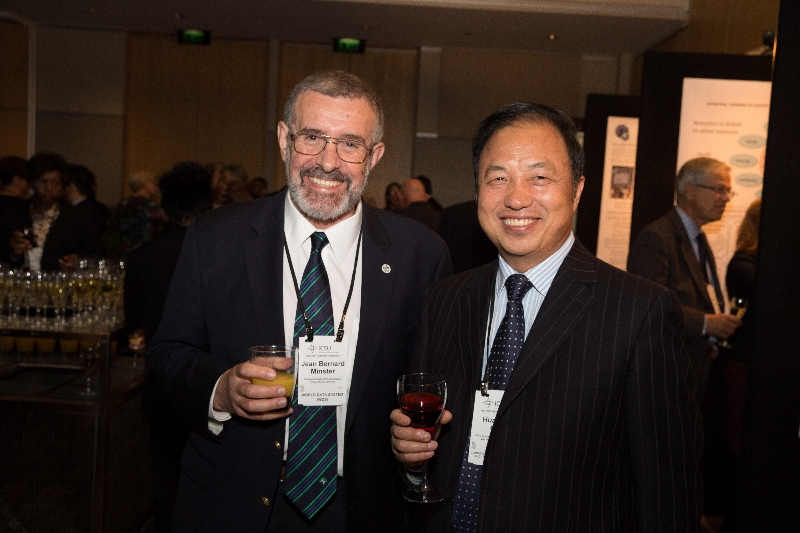 Bernard Minster (Chair of WDS Scientific Committee) and Huadong GUO (President of CODATA)
