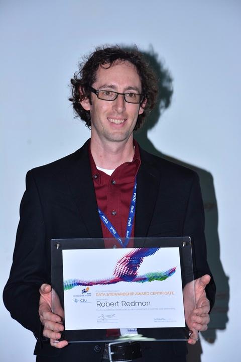 Robert Redmon receives 2013 Data Stewardship Award