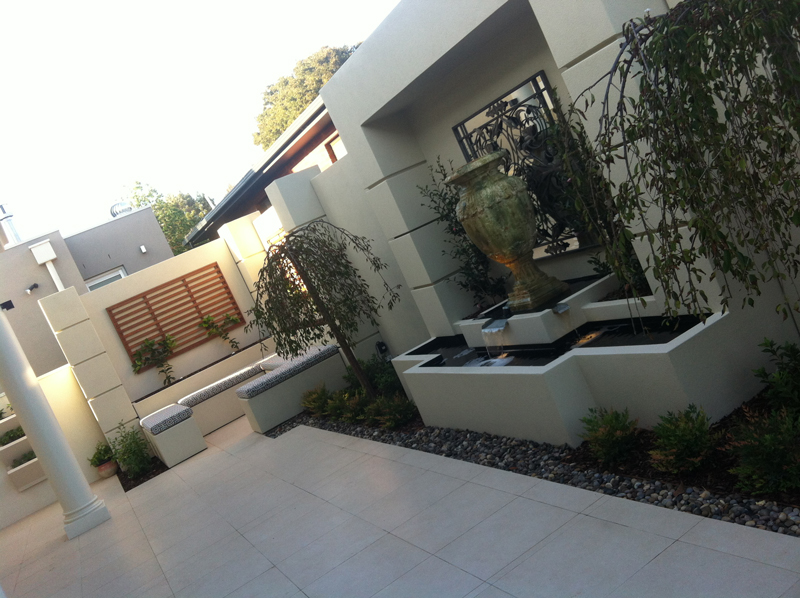 h2o designs residential backyard project with LICOM76tm