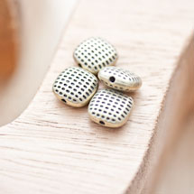 Perle en métal Carré 10mm Points Bronze vieilli