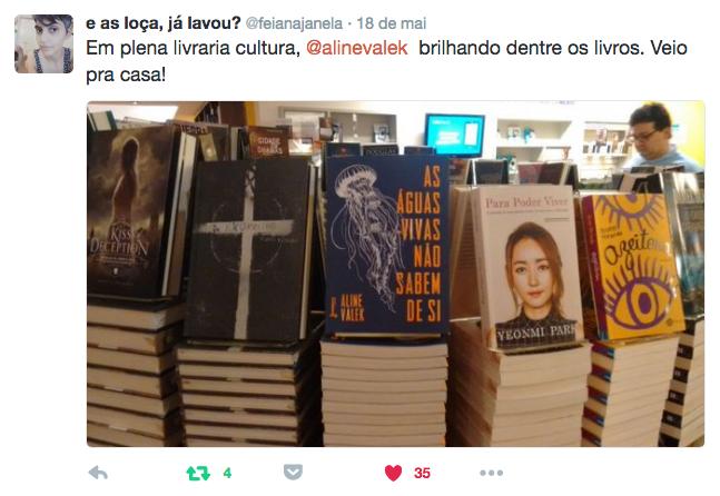 """""""em plena livraria cultura, @alinevalek brilhando dentre os livros. Veio pra casa!"""""""