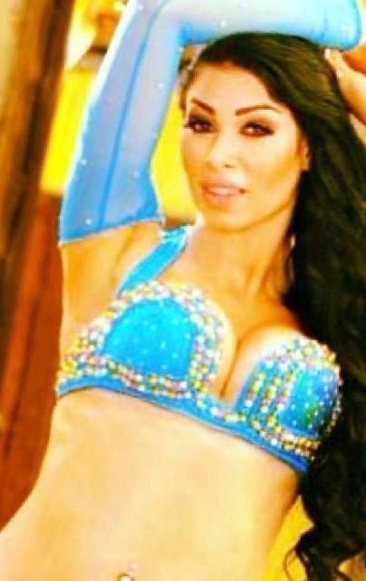 DISPLAY IMAGES Farah Nasri Dancer