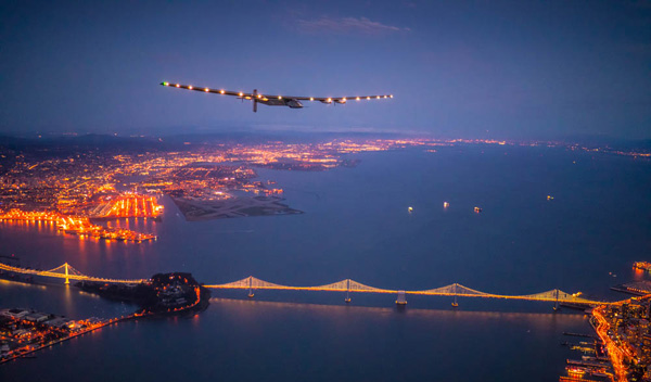 Solar Impulse overflying San Francisco