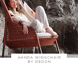 Ahnda Wingchair by Dedon