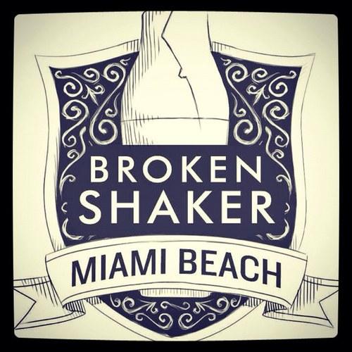 Bookleggers at Broken Shaker