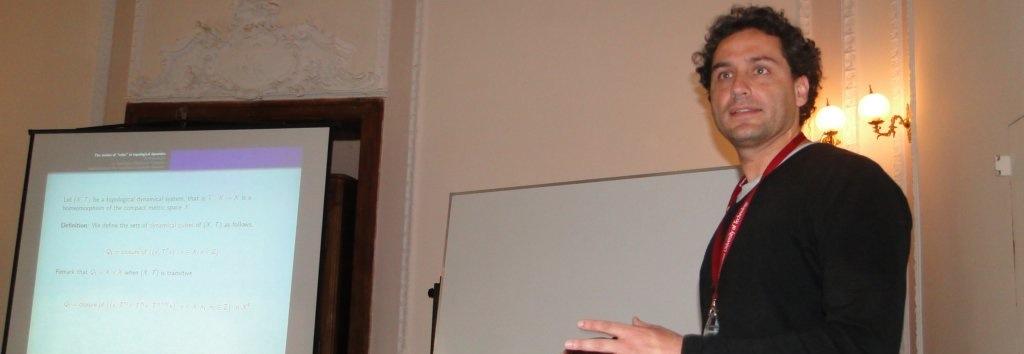 Académico CMM expone en la principal bienal francesa matemática industrial