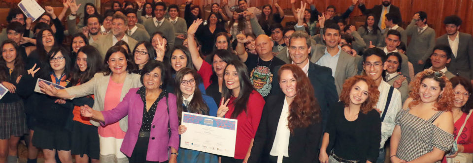 La premiación del concurso de videos destacó a las científicas chilenas