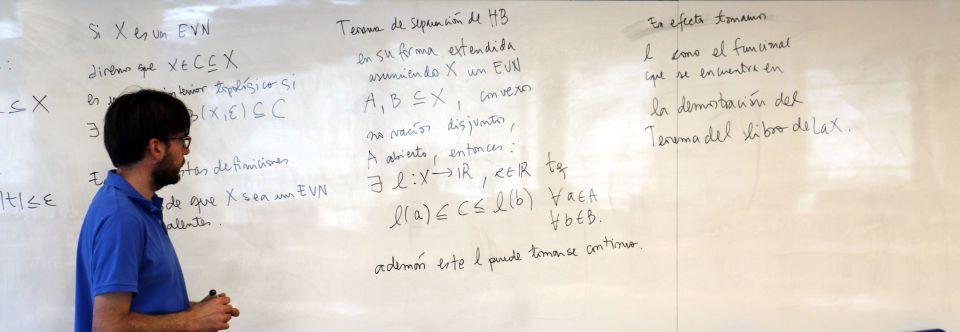 El Magíster en Matemáticas Aplicadas obtiene 10 años de acreditación