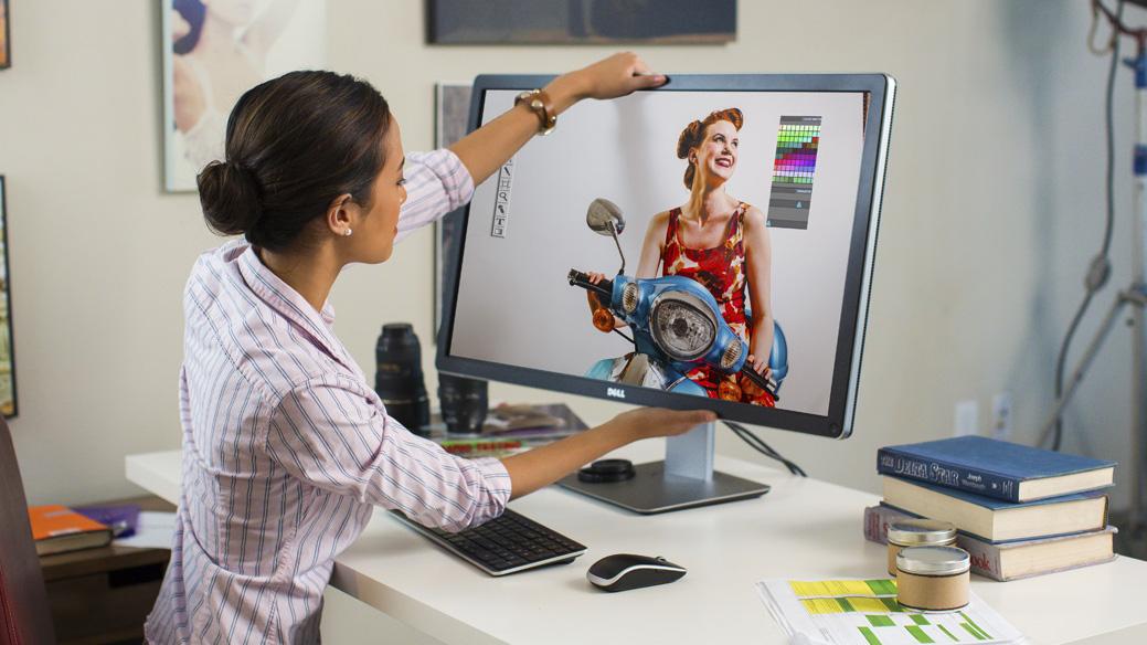 Нови количини монитори - професионални бизнис серии DELL UltraSharp, HP