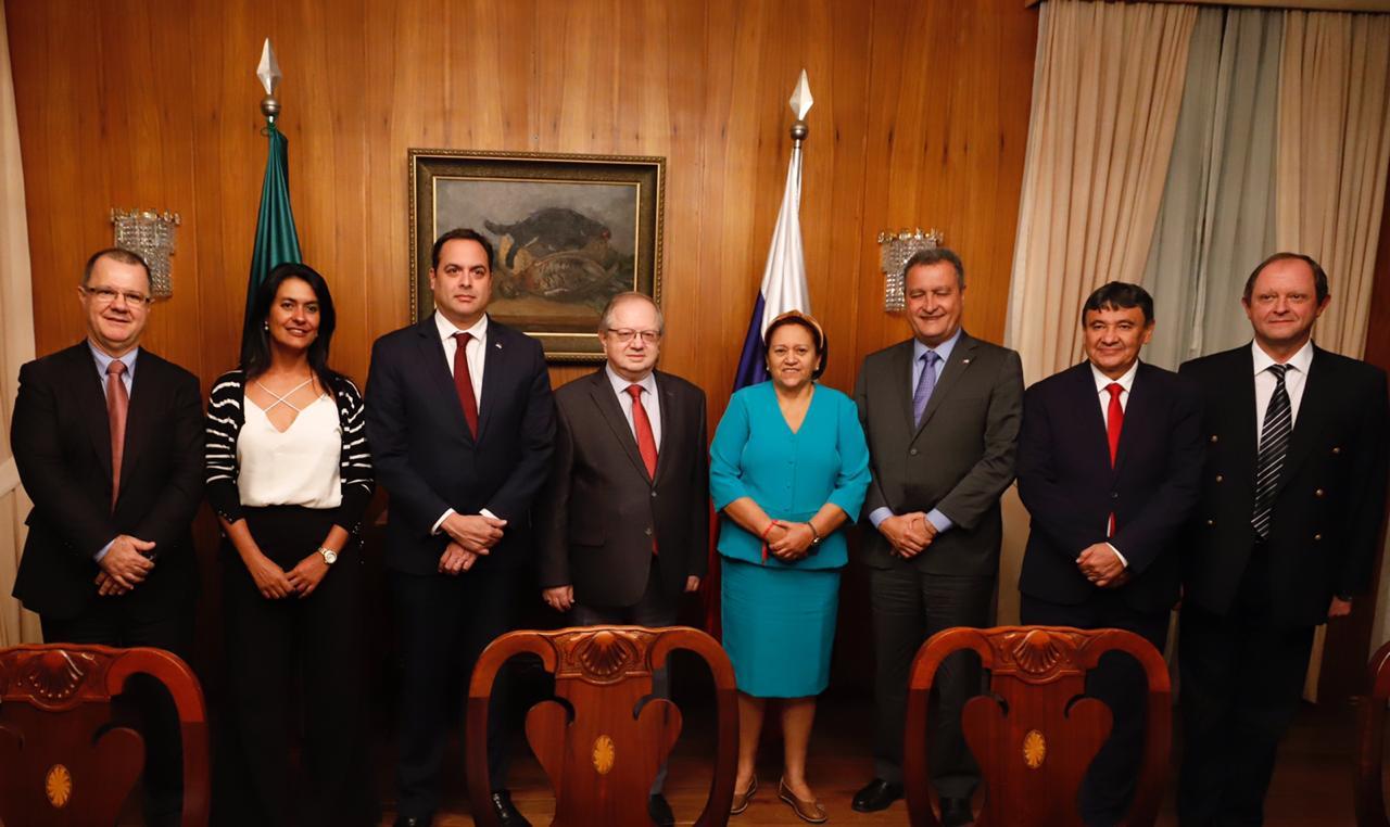 governadores do Nordeste com o embaixador russo Serguey Pogosovich Akopov