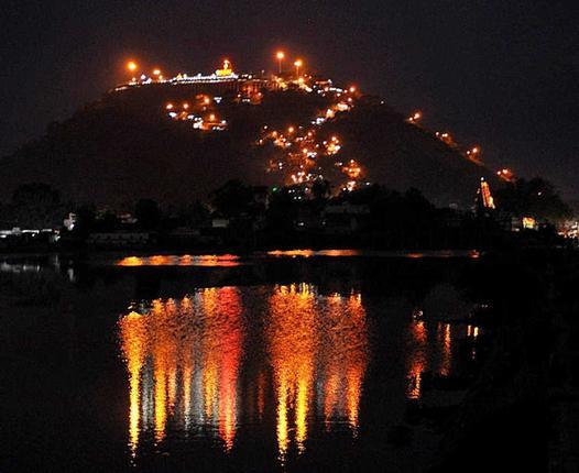 Palani Malai por noche