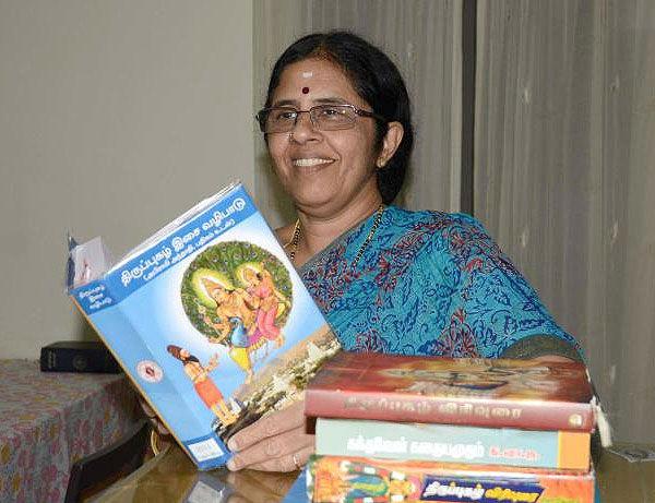 Author Chitra Murthy