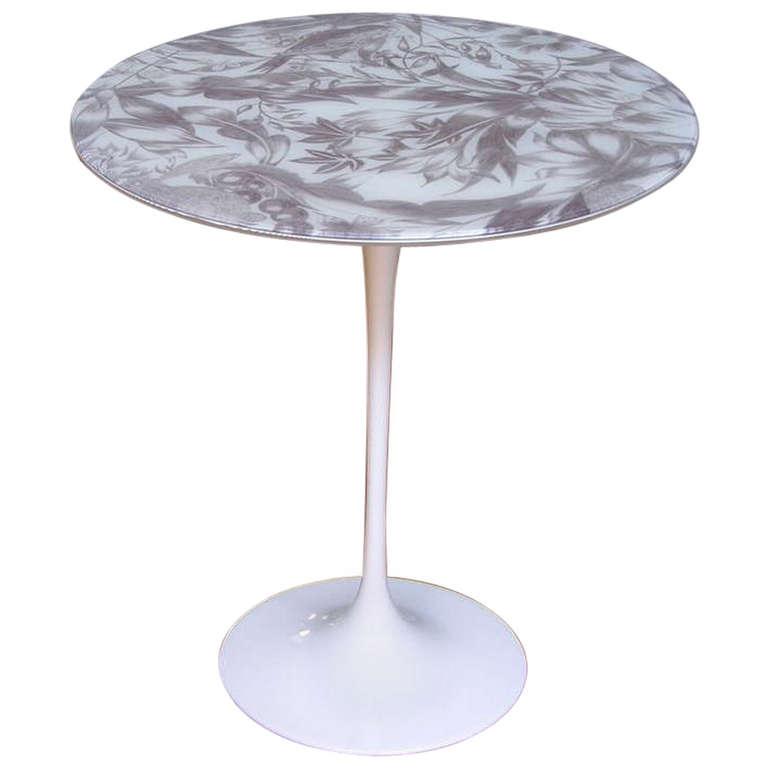 tulip-fabric-table