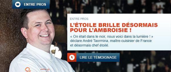 André Taormina, restaurateur étoilé dans la cuisine du restaurant L'Ambroisie préparant des pâtisseries