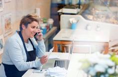 Entrepreneuse commerçante en activité