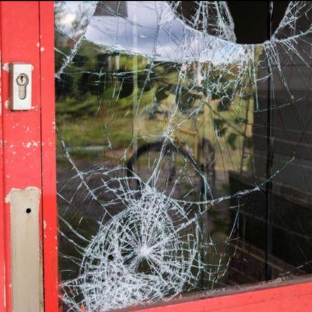 Une assurance commerce performante face au vandalisme