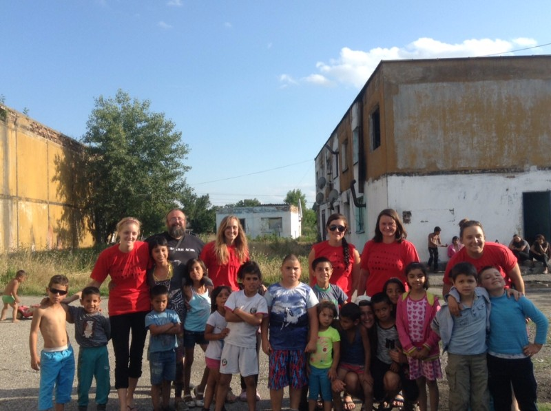 Outreach in the gypsy neighborhood 2016