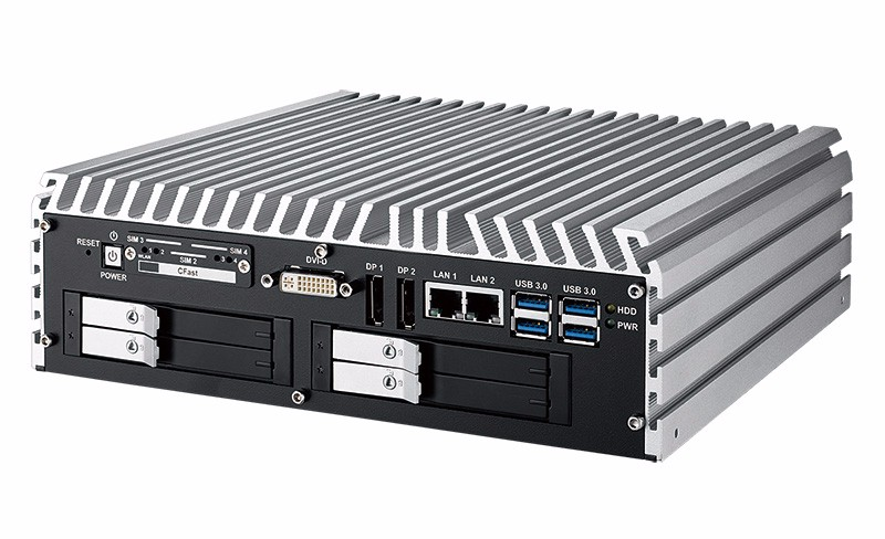 mini PC fanless IVH-9000-2R basato su Skylake H