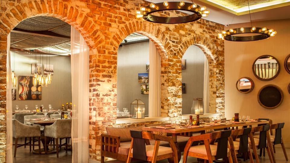 Winebar & Grill